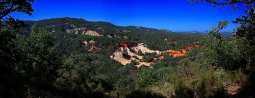 Ocres-de-Rustrel-panorama